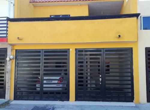 Casa En Venta En Col. 20 De Noviembre En Cd. Lerdo Durango