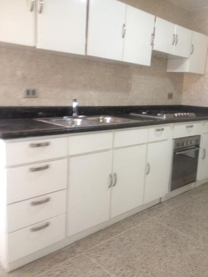 Apartamento En Venta En Maracaibo. Ap