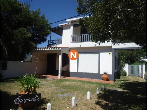 Casa En Venta Y Alquiler, La Barra, La Barra, 4 Dormitorios.- Ref: 209768