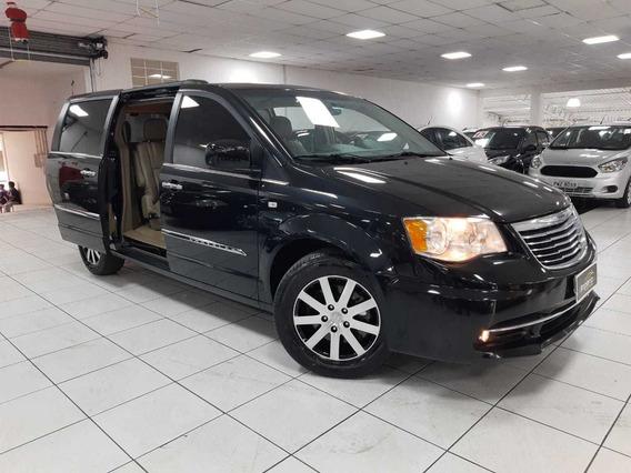 Chrysler Town & Country 3.6 V6 2013