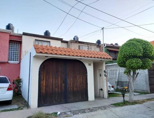 Casa Semi Amueblada En Renta Lomas De La Presa, León, Gto.