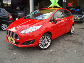 New Fiesta Titanium 1.6 Top