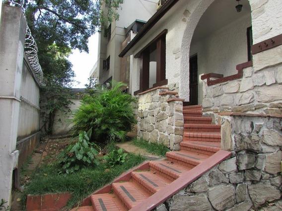 Casa Para Aluguel, 6 Quartos, 3 Vagas, Barro Preto - Belo Horizonte/mg - 13377