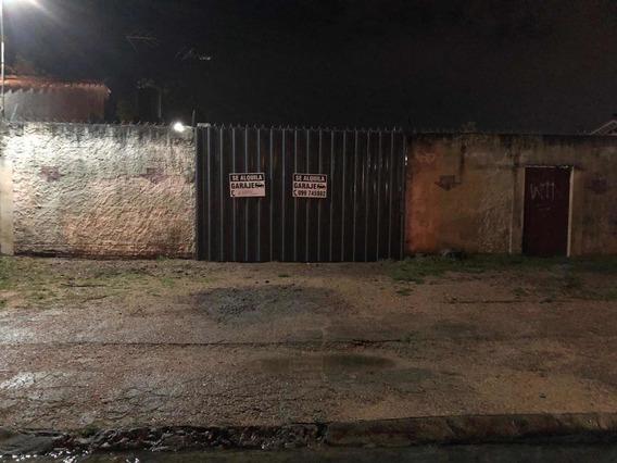 Cochera En Pando Centro Calle 33