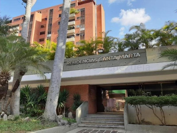 Apartamento En Venta Las Esmeraldas 20-7054