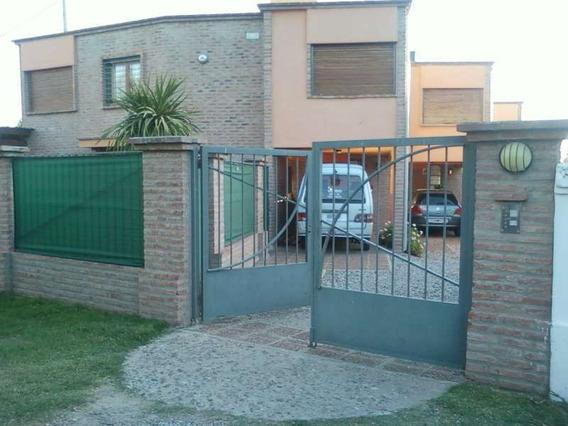 Duplex Venta Con Renta 2 Dor. Complejo Cerrado Arguello