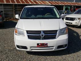 Dodge Caravan Americana