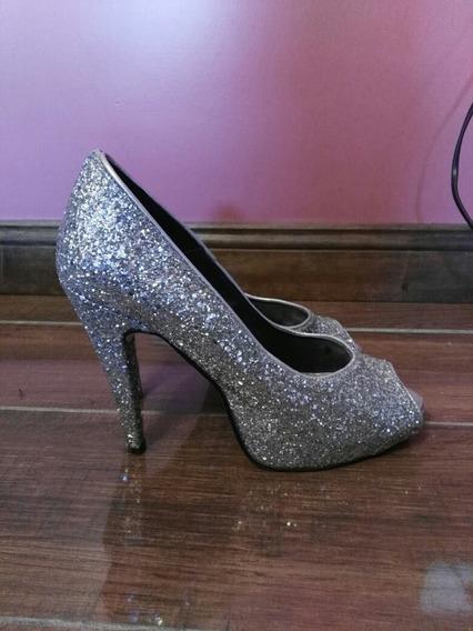 Zapatos Stiletos, Talle 39 Con Brillos Plateados