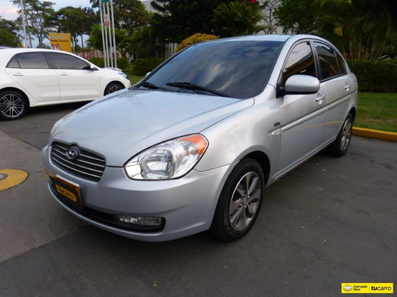 Hyundai Accent Vision At 1600cc