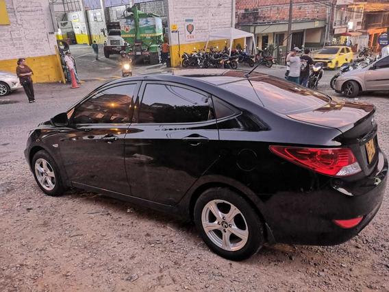 Hyundai Accent 2014 - 37000 Km