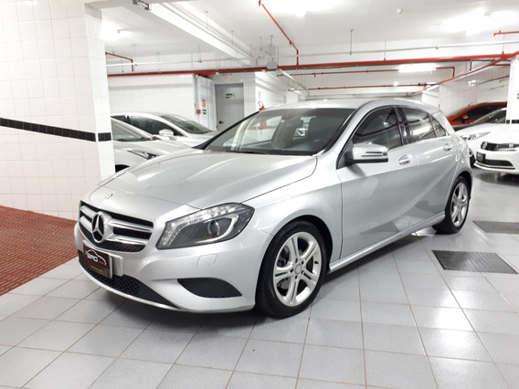 Mercedes Benz A200 1.6 Turbo Urban 2014 Prata Blindada