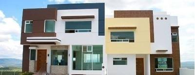 Zibatá, 4 Niveles, Roof Garden 3 Recámaras, Estudio, 3 Baños