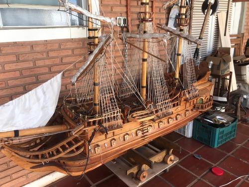Miniatura  Navio - Barco De Madeira