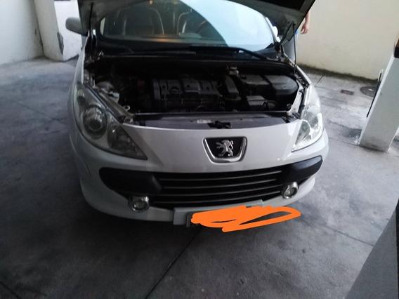 Peugeot 307 1.6 Presence Flex 5p 2011