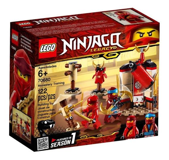 Lego ® Ninjago - Monastery Training