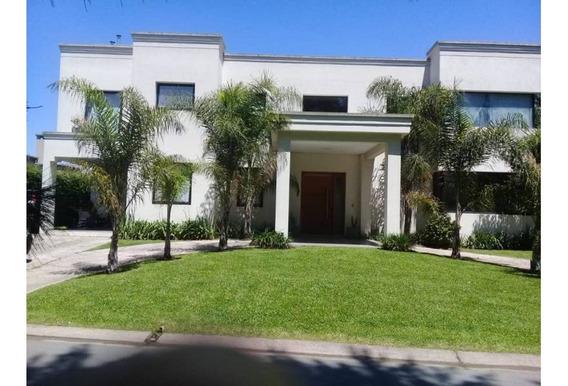 Hermosa Casa En Buenos Aires Village Enero!!!!