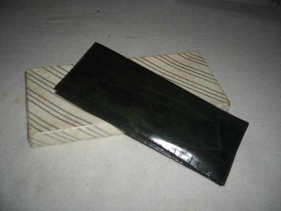 Portachequera Para Damas En Color Verde Con Calculadora - 3v