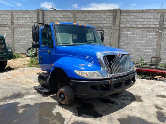 Camion International 4700 / Corte Americano
