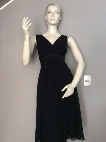Po Vestido Negro De Gasa Con Lindo Corte, Talla S.