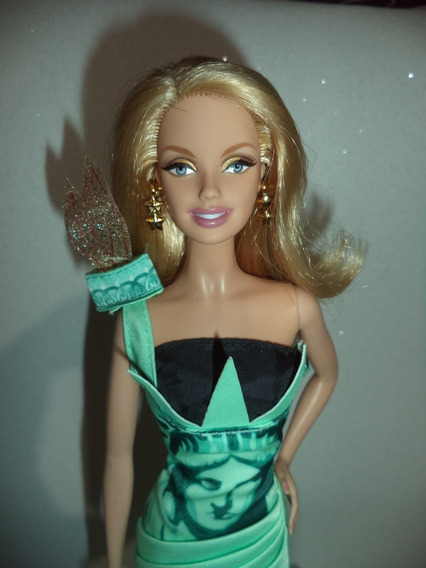 Barbie Collector Dotw L C Statue Of Liberty