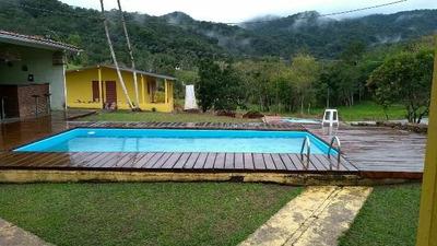 Excelente Chácara No Bairro Fazenda, Santa Rita - Ref 4568