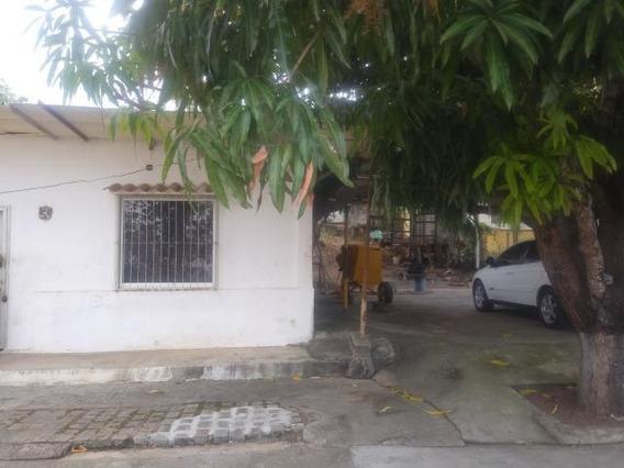 Casa En Venta Cabudare Lara 20-2713