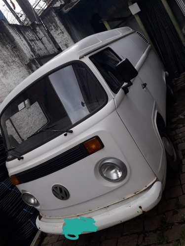 Volkswagen Kombi 2002 1.6 3p Gasolina