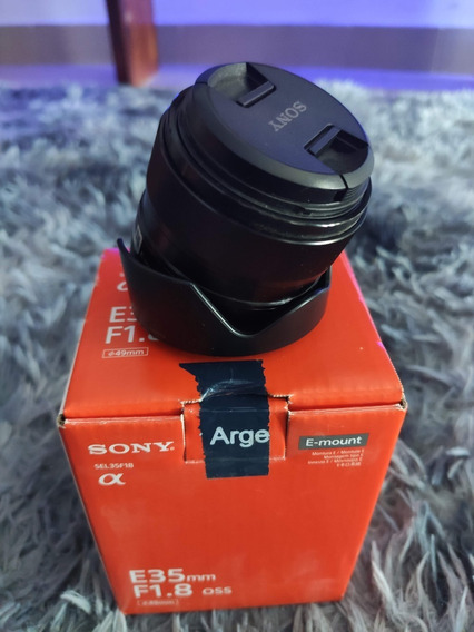 Sony A6300 Kit + 35mm 1.8 Impecable