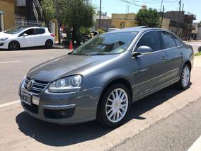 Volkswagen Vento 2.0 Luxury Gral Paz Automotores