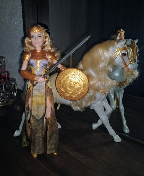 Barbie Collector Mulher Maravilha Hippolyta