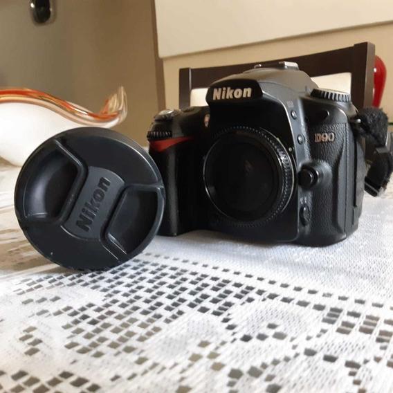 Nikon D90 + Lente 18-200mm Nikon Original