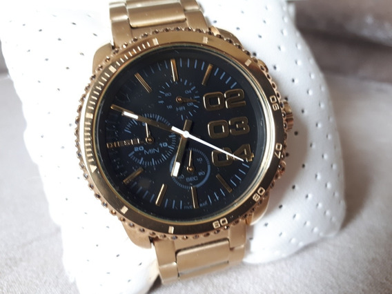 Relógio Original Diesel Dourado Com Fundo Preto