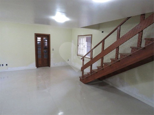 Linda Casa 3 Dormitórios Com Suíte E 4 Vagas N Bairro Tristeza. - 28-im560551