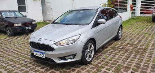 Ford Focus Se Plus Mt 5p