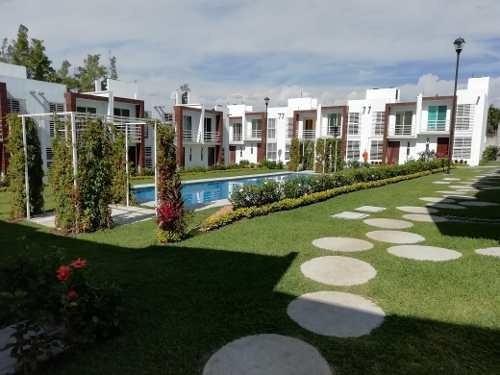 Casa En Venta En Jiutepec, Morelos
