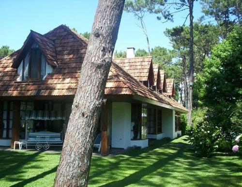 Casa En Lugano, 5 Dormitorios *-ref:178