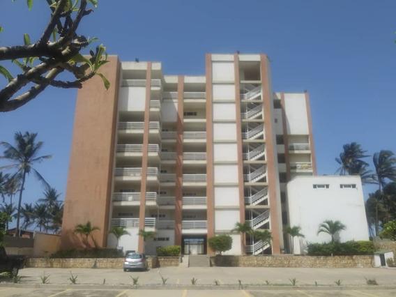 Apartamento En Tucacas, Falcon. Gla-463