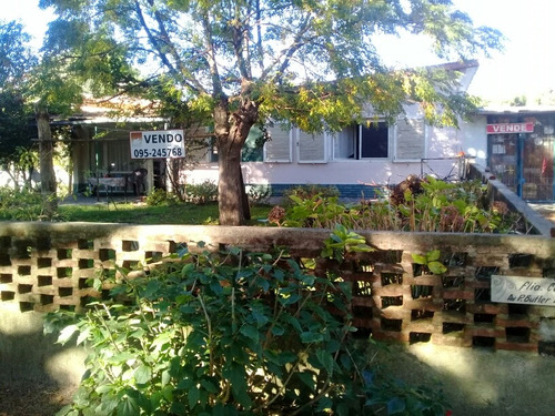 Casa En El Pinar 3 Dorm. En La Av. Perez Butler Parada 6