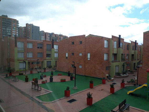 Venta Hermosa Casa Barrio Alameda