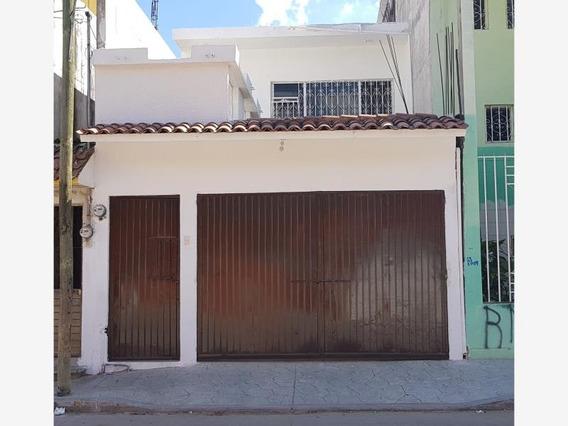 Casa Sola En Venta Villaflores Centro