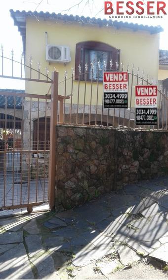 Excelente Casa Em Porto Alegre | 3 Dormitorios - V-893