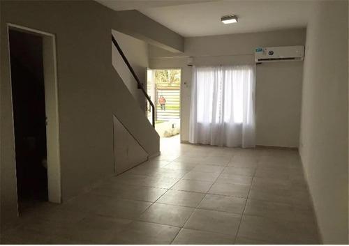 Imagen 1 de 6 de Excelente Duplex De 3 Ambiemtes, Cercano A Los Accesos