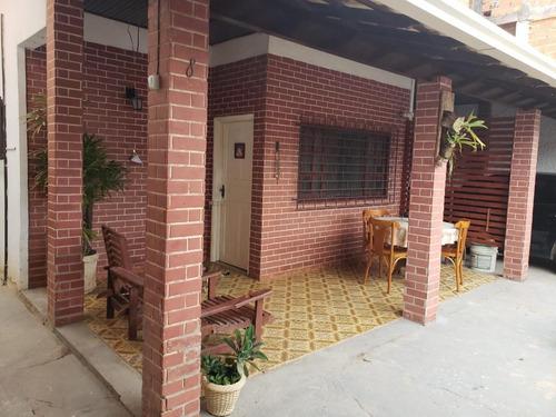 Casa Para Venda Em Rio Das Ostras, Jardim Mariléia, 2 Dormitórios, 2 Suítes, 2 Banheiros, 1 Vaga - _1-1818880