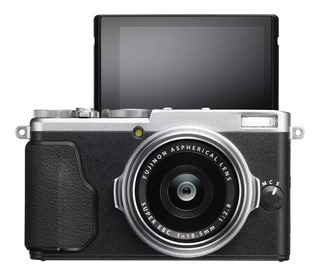 Camara Fujifilm Reflex Digital X70 Con Lente 18mm Touch