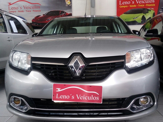 Renault Logan 1.6 Exclusive Flex