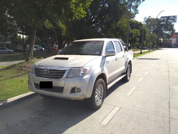 Toyota Hilux 3.0 Cd Srv Cuero I 171cv 4x4 4at