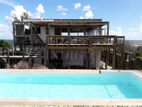Alquiler De Casa En Lo Mejor El Chorro.- Ref: 490