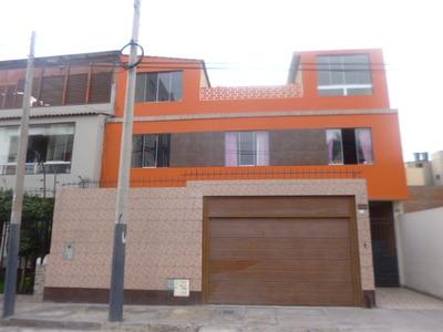 Casa 3 Pisos, Acceso A Parque Privado. Pueblo Libre