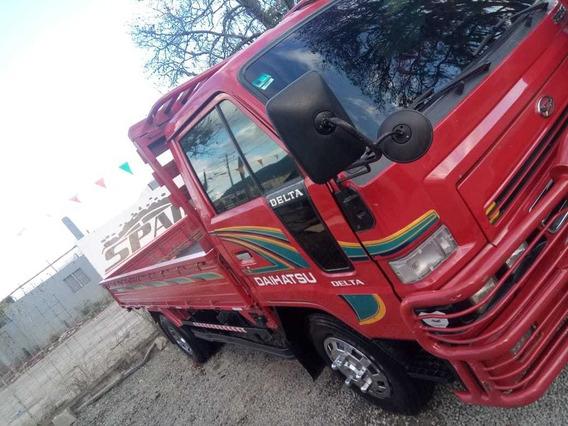 Camión Cama Larga Cara Ancha