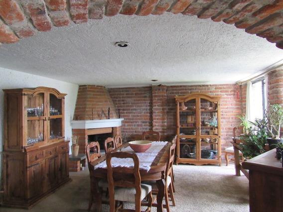 Bonita Casa Sobre Calzada De Las Águilas, Villa Verdún.